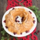 Stampo Holiday Wreath Pan